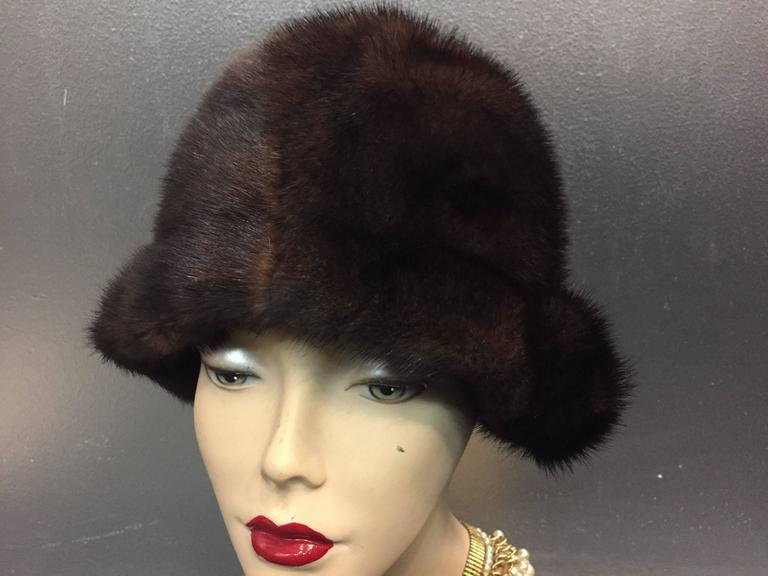 Black 1960s Saks Fifth Avenue Natural Mink Cloche-Style Hat w Roll Brim For Sale