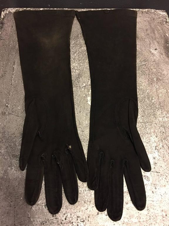 Women's 1940s French Suede Evening Gloves w Gold Gilt Leather Flower Appliqués For Sale