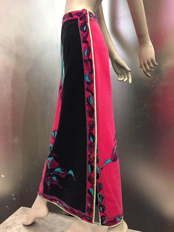 1970s Emilio Pucci Velveteen Maxi Skirt w Rose Print in Fuchsia Black & Blues 3