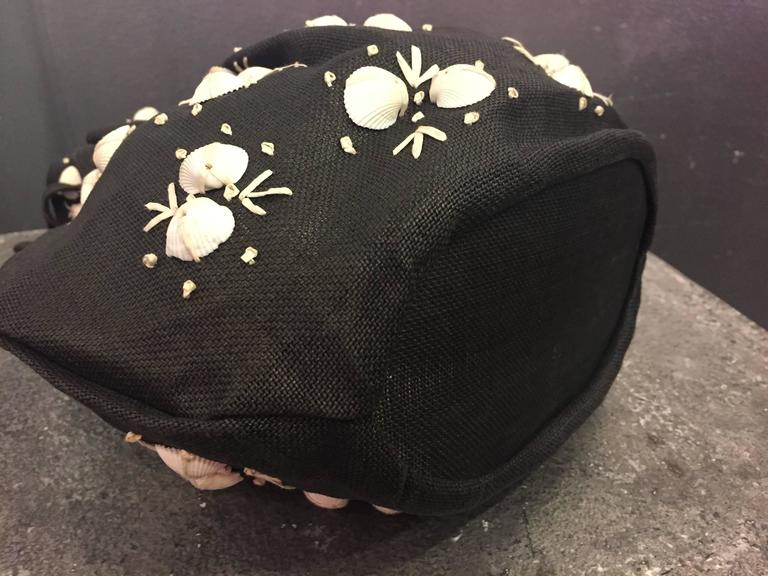 1950's Black Straw Pouch Bag with White Seashells  For Sale 3
