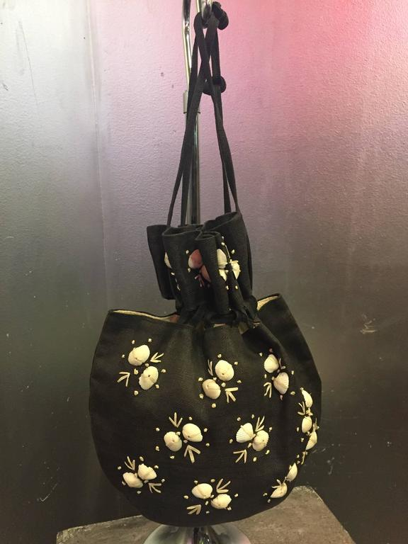 1950's Black Straw Pouch Bag with White Seashells  In Excellent Condition For Sale In San Francisco, CA