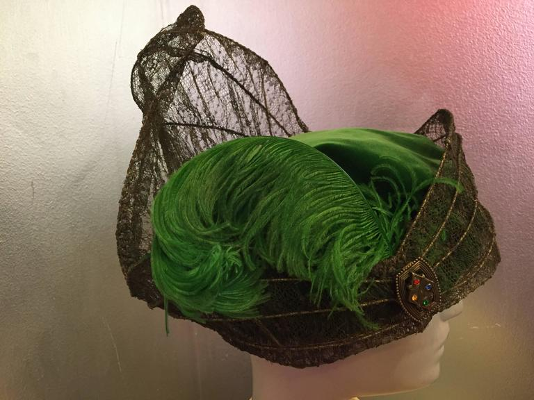 """""""Majestic"""" Edwardian Couture Constructed Gold Lame Lace & Green Velvet Hat  In Excellent Condition For Sale In San Francisco, CA"""