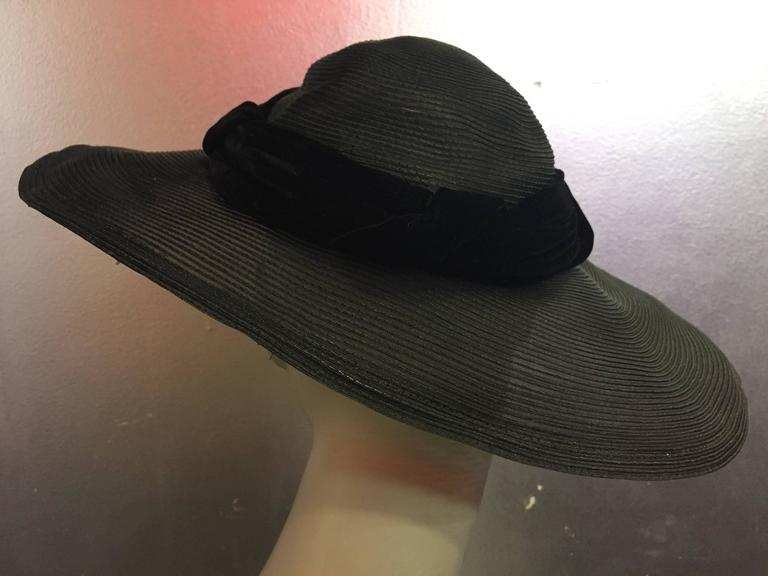 1950's Noreen Black Sheer Wide Brim Hat w/ Red Poppy & Braided Velvet Band In Excellent Condition In San Francisco, CA