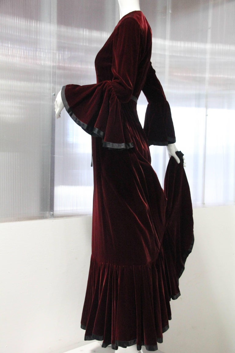 Late 1960s Ferdinando Sarmi Burgundy Velvet Gown with Flared Cuffs and Hem In Excellent Condition For Sale In San Francisco, CA