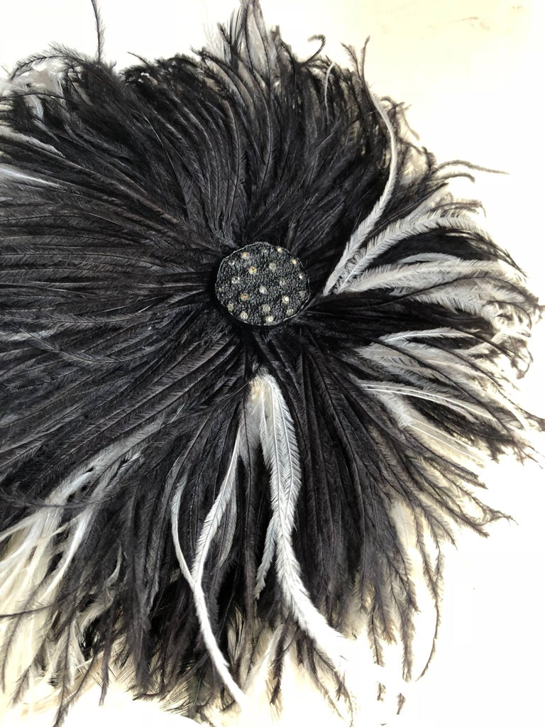 William J. Black And White Ostrich Feather Saucer Style Hat With Boa, 1950s  For Sale 3