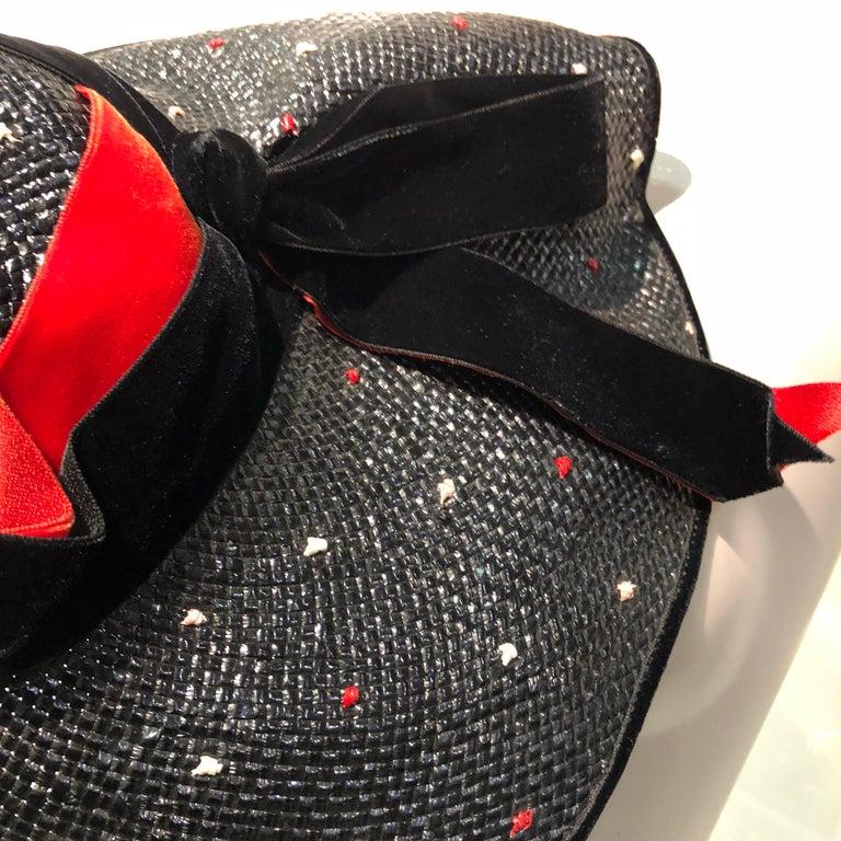 1950s Casper Davis Black Straw Wide Brimmed Hat W/ Red & Black Velvet Ribbons For Sale 6
