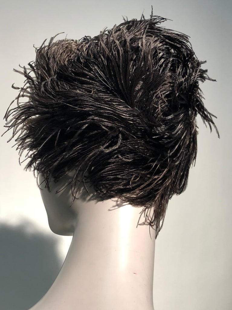 1950s Christian Dior Ballet-Inspired Black Ostrich Feather Cocktail Hat  For Sale 5
