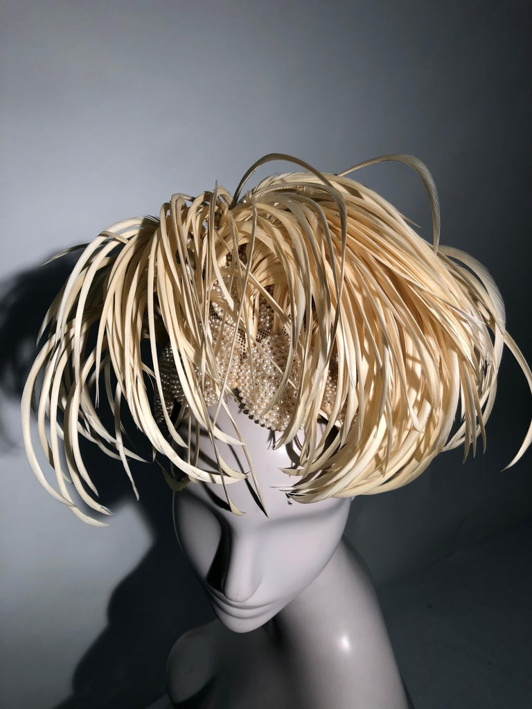 1950s Bes-Ben Ivory Feather & Pearl Medallion Cocktail Hat For Sale 10