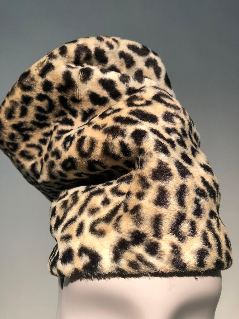 1960s Dachettes By Lilly Daché Whimsical Stovepipe Faux Leopard Hat For Sale 1