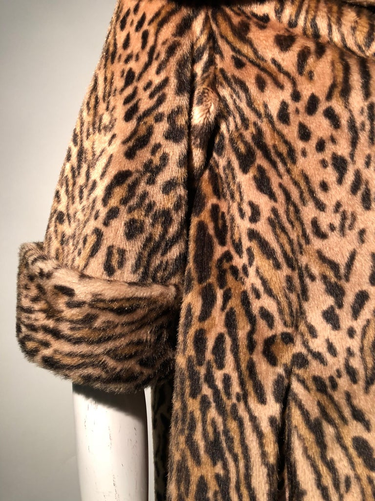 1950s Kashan Faux Leopard Fur Swing Coat With Shawl Collar  For Sale 5