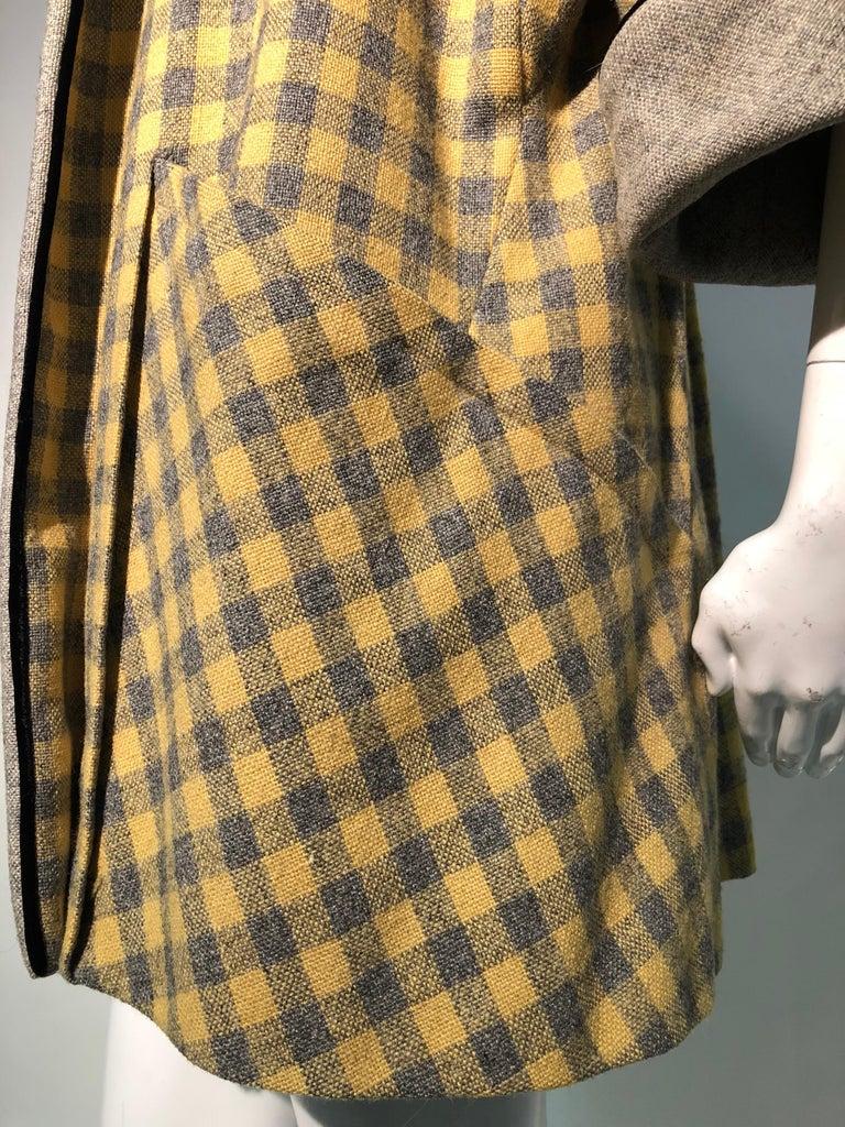 1950s Pierre Benoit Yellow & Gray Checked Wool Stroller Coat W/ Velvet Buttons 8