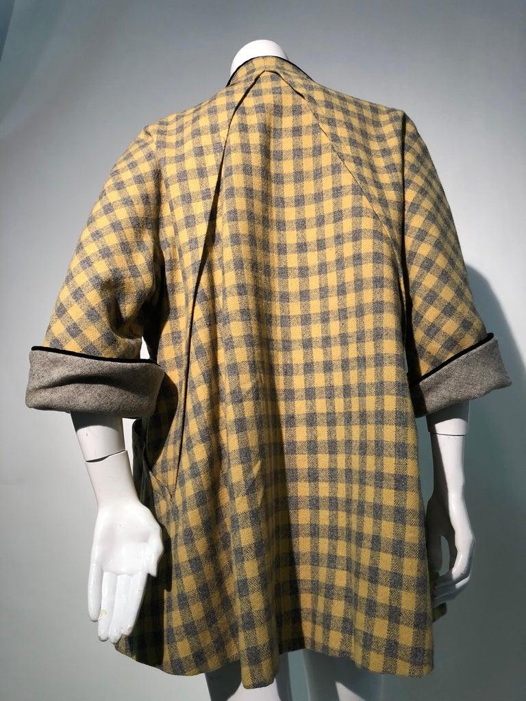 1950s Pierre Benoit Yellow & Gray Checked Wool Stroller Coat W/ Velvet Buttons 9