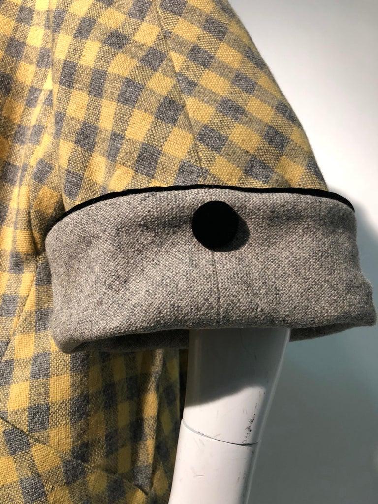1950s Pierre Benoit Yellow & Gray Checked Wool Stroller Coat W/ Velvet Buttons 10