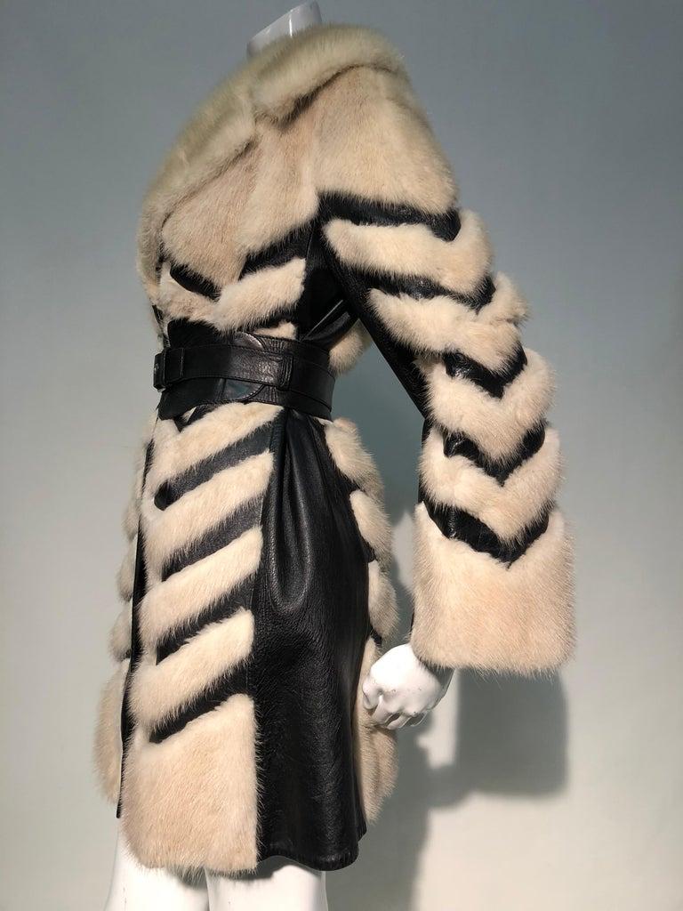 1960er Jahren honey Blonde Nerz & Leder Chevron genäht Mantel W / Leder Korsett Gürtel 2