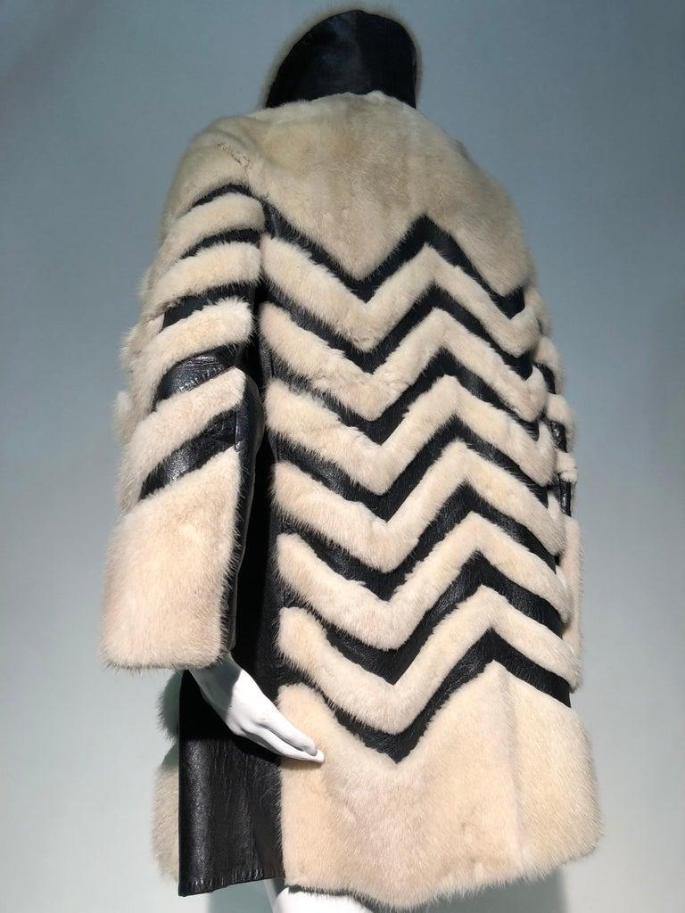 1960er Jahren honey Blonde Nerz & Leder Chevron genäht Mantel W / Leder Korsett Gürtel 14