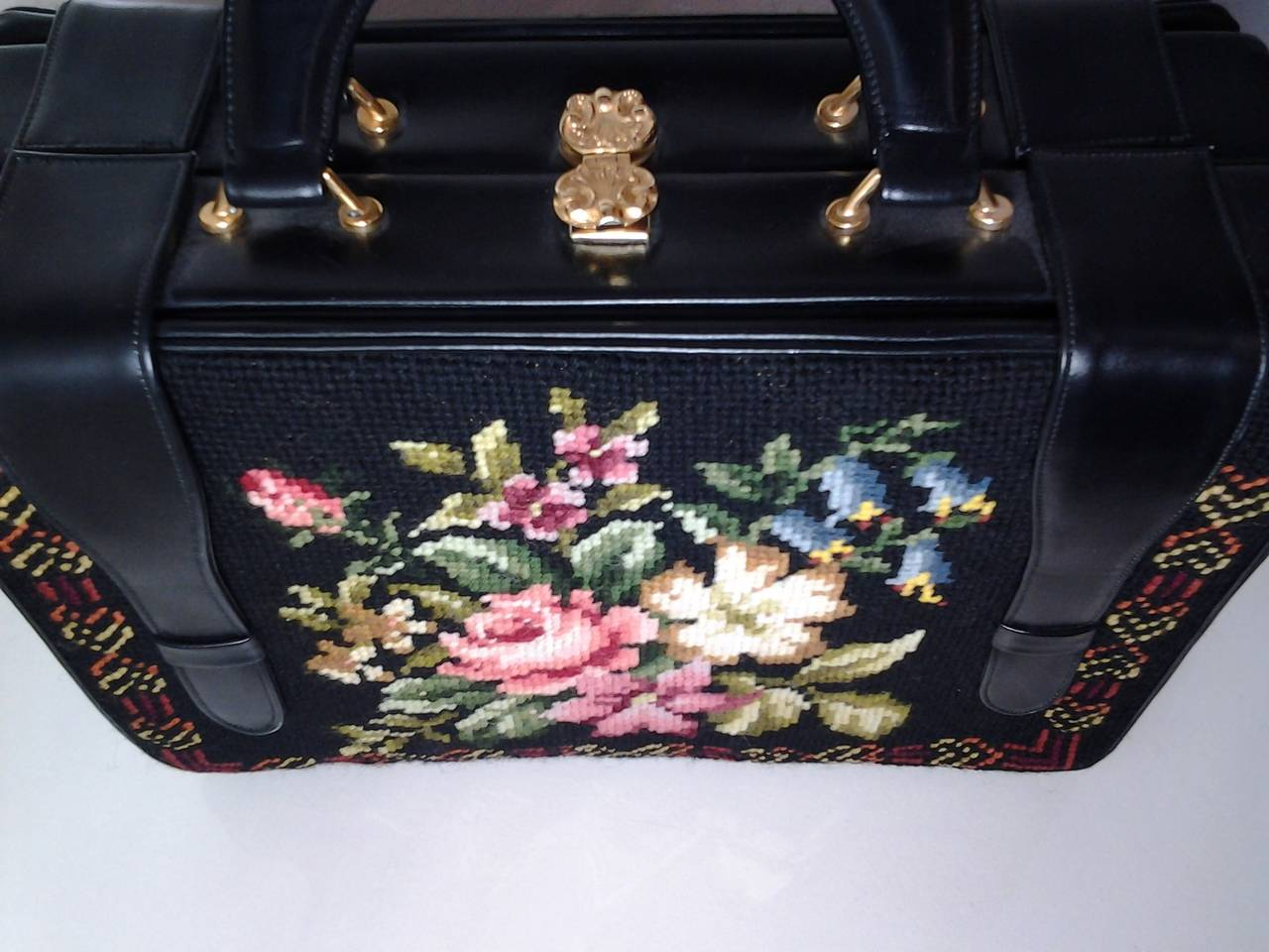 1950s Harry Rosenfeld Floral Needlepoint Structured Handbag 4