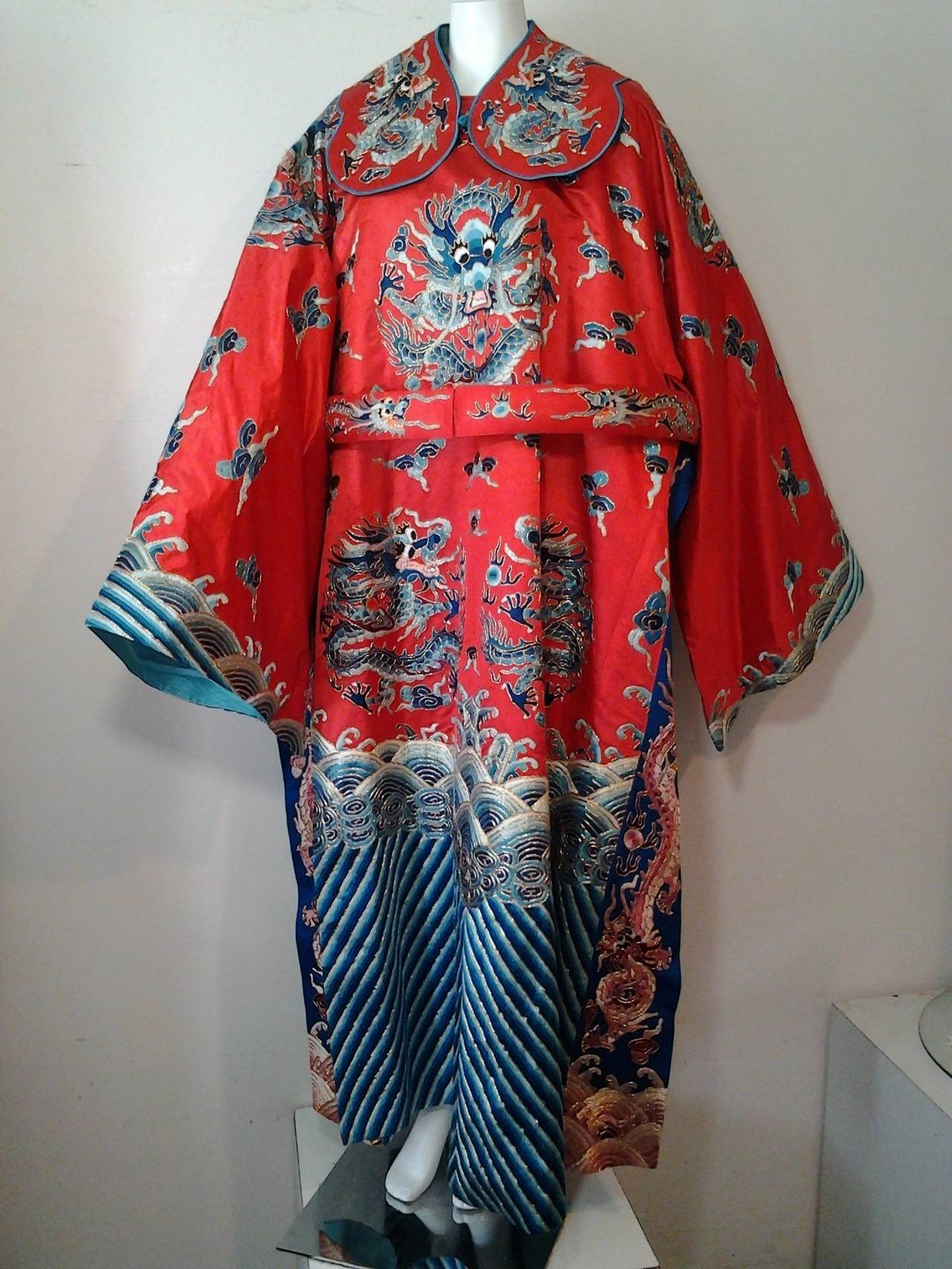 1940s Chinese Red Dragon Robe 3 Pieces 9