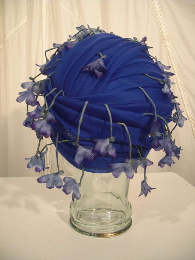 1960s Cathay of California Cobalt Blue Turban Hat w/ Violet Flowers 3