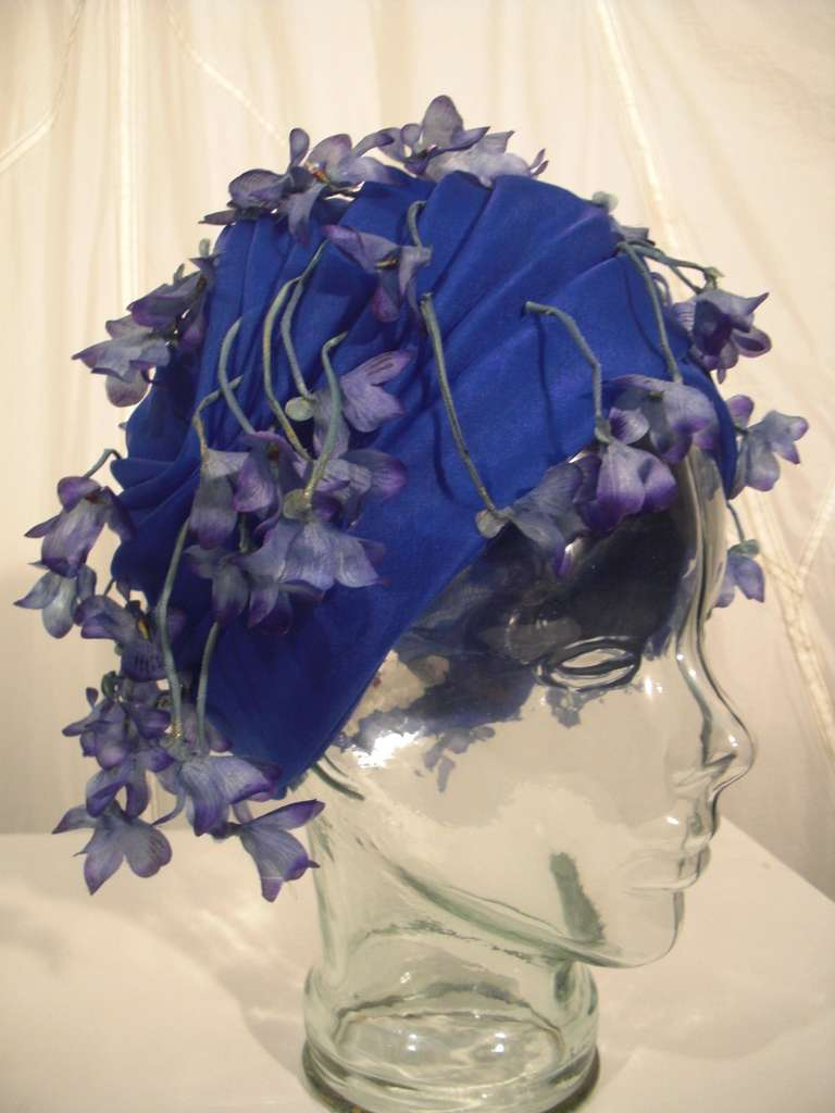 1960s Cathay of California Cobalt Blue Turban Hat w/ Violet Flowers 5