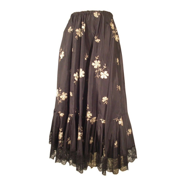 1950s  Lame Embroidered Taffeta Slip Skirt w/ Ruffle and Lace Trim For Sale