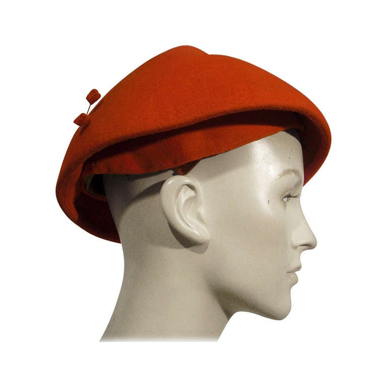 1950s Emme Sueded Cashmere Bullet Hat in Persimmon For Sale