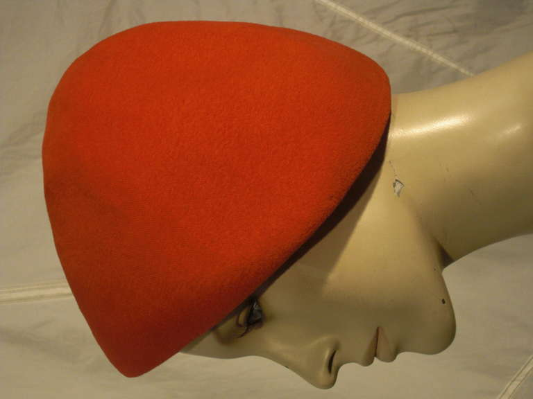 Women's 1950s Emme Sueded Cashmere Bullet Hat in Persimmon For Sale