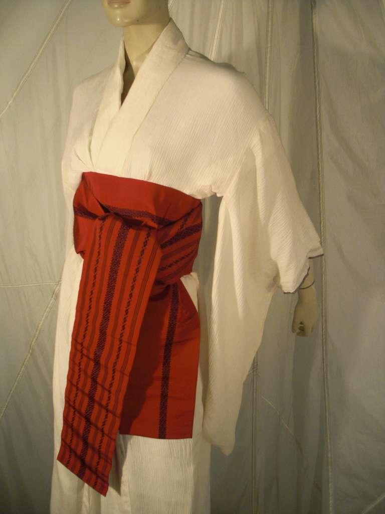 Women's 1970s White Traditional Kimono of Micro-Pleated Silk w/ Red Obi For Sale