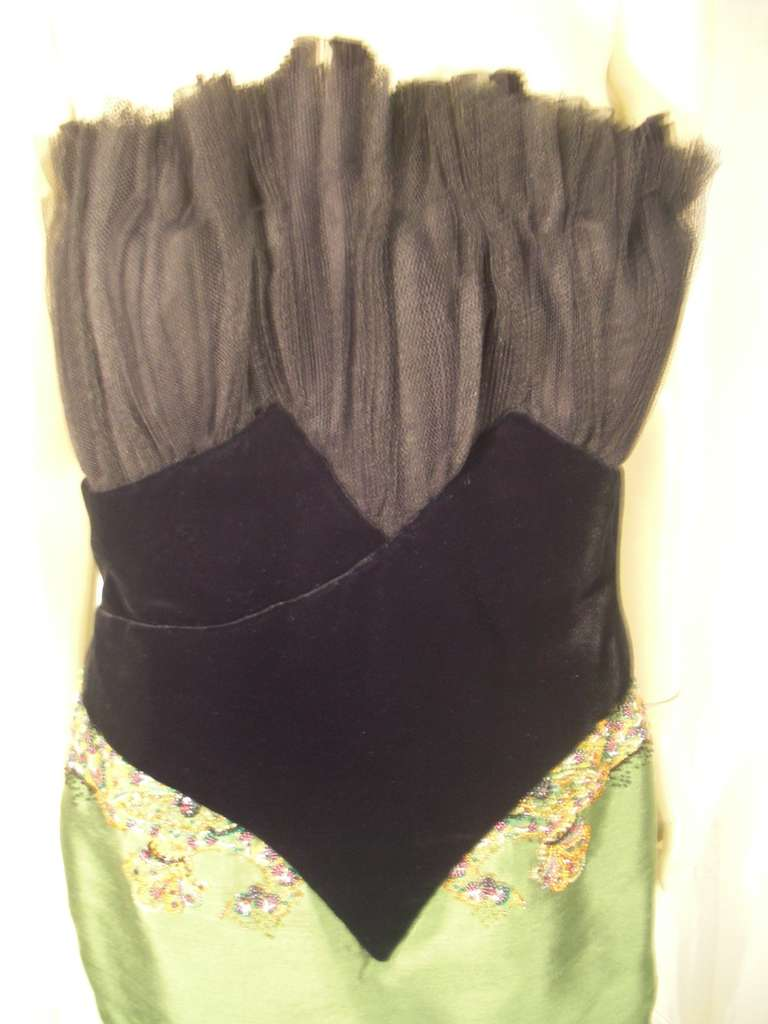"""Dior Haute Couture Cocktail Dress w/ Velvet """"Corset"""" Detailing and Pleated Bust In Excellent Condition For Sale In San Francisco, CA"""