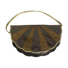Maud Frizon of Paris Gold Tone Scalloped Shell Starburst Bag