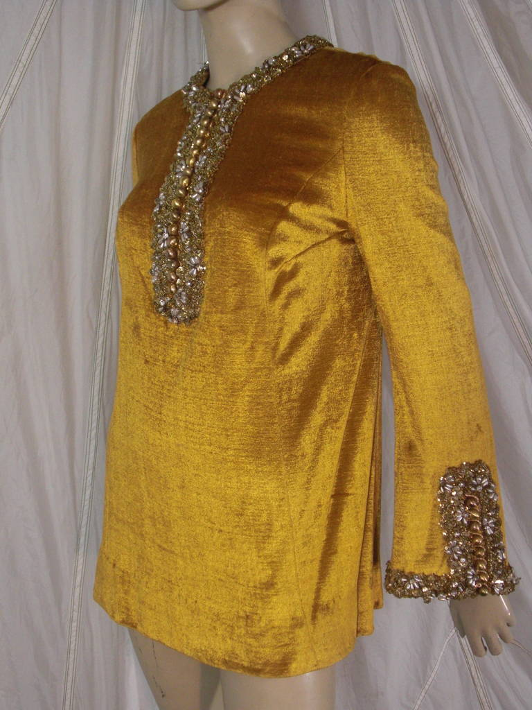 1960s Gold Crushed Velvet Beaded Tunic For Sale 2