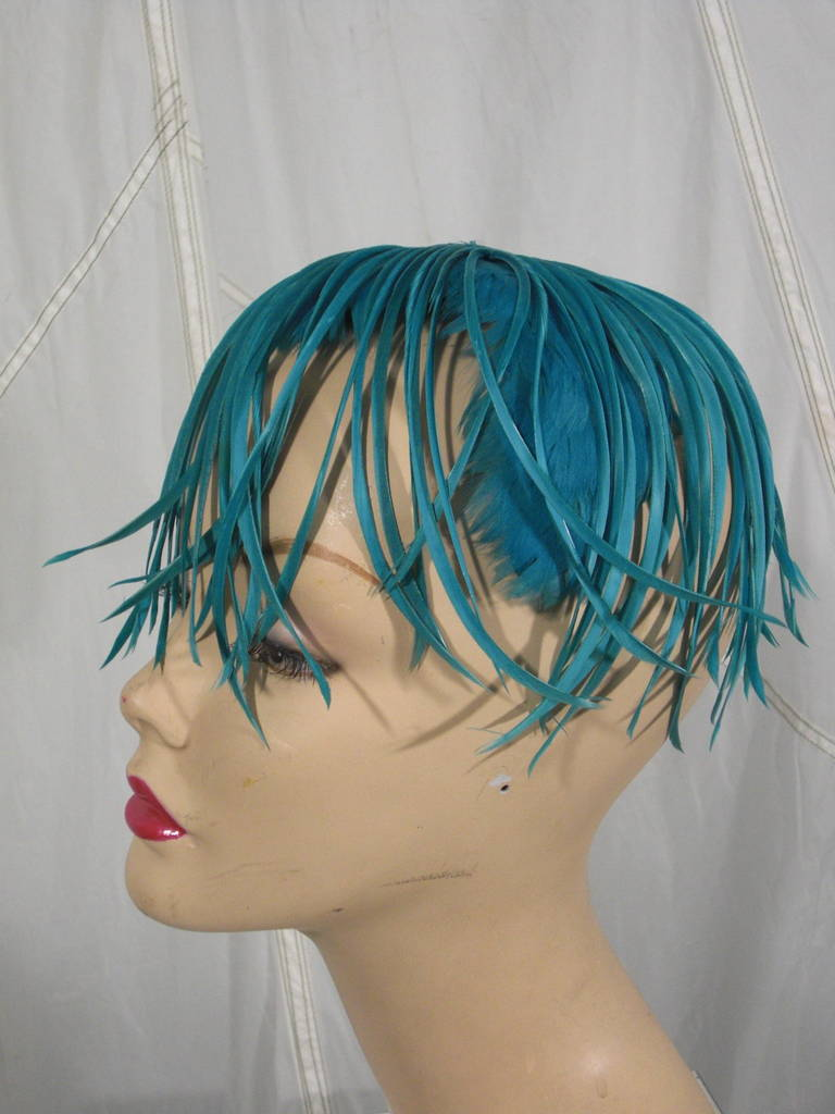 1950s Turquoise Feather Fringe Cocktail Hat 5