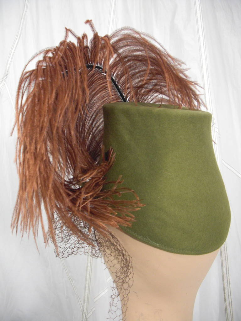 1940s Sage Green Felt Hat with Brown Feather Quill 4