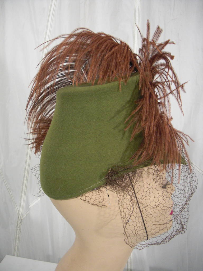 1940s Sage Green Felt Hat with Brown Feather Quill 5