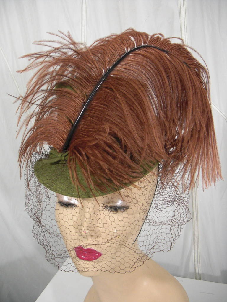 1940s Sage Green Felt Hat with Brown Feather Quill 6