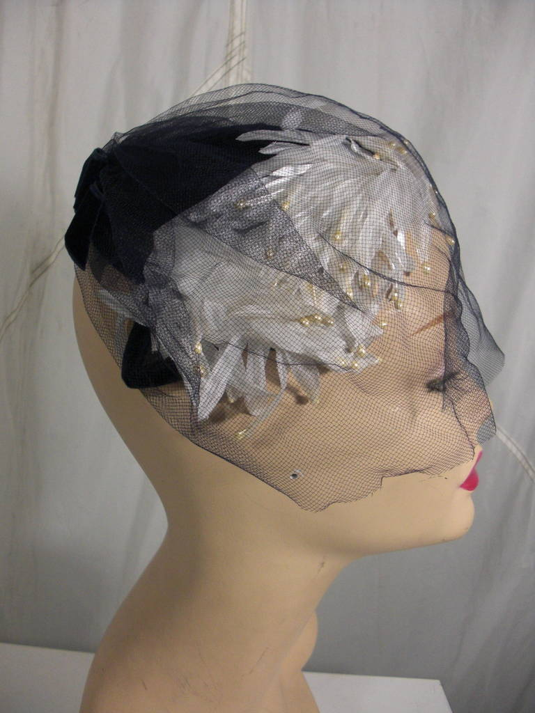 1950s White and Black Faux Feather and Pearl Cocktail Hat with Veil 3