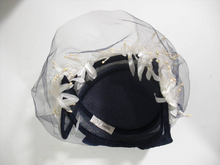 1950s White and Black Faux Feather and Pearl Cocktail Hat with Veil 8
