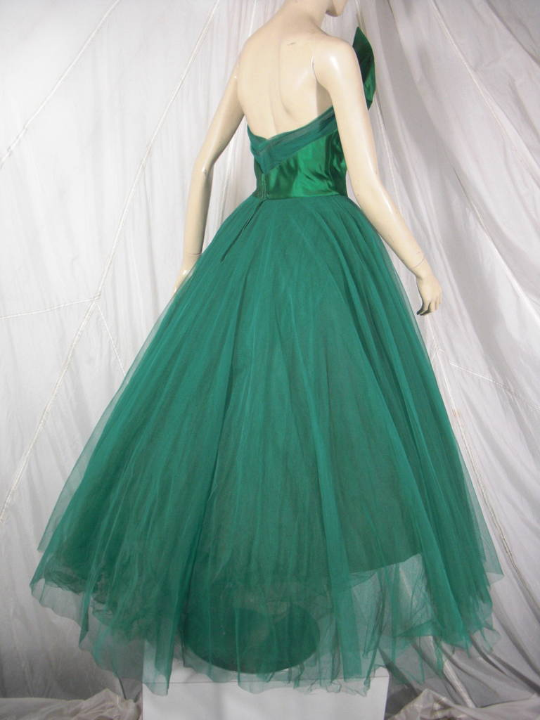 1950s Nanty of Paris Silk and Tulle Ball Gown with Floral Accents In Good Condition For Sale In San Francisco, CA