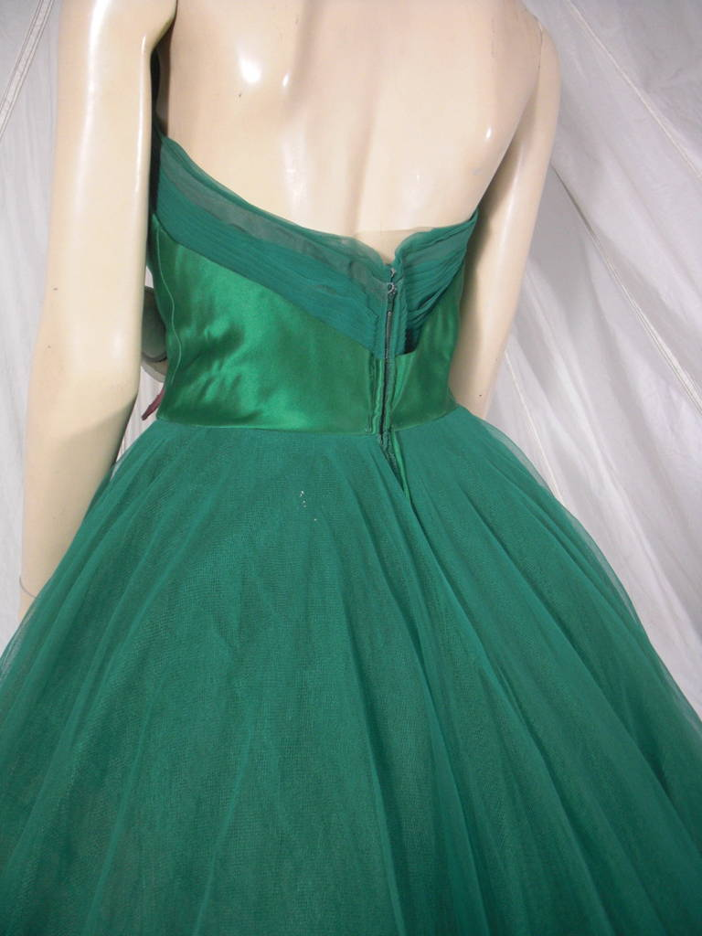 Women's 1950s Nanty of Paris Silk and Tulle Ball Gown with Floral Accents For Sale