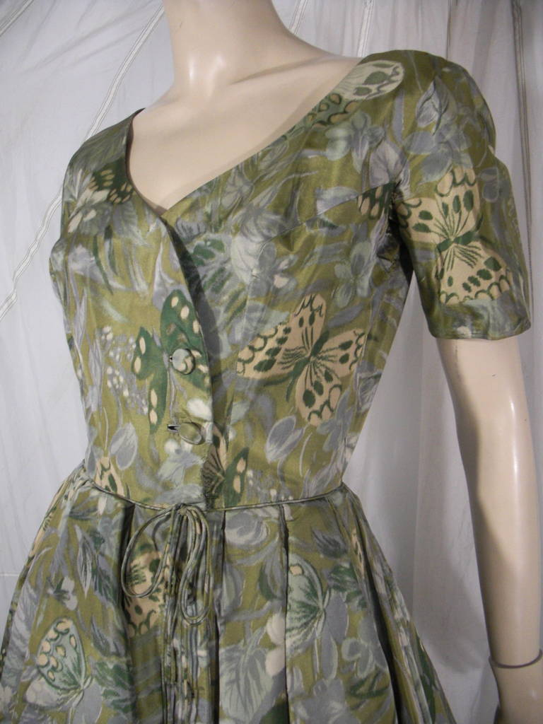 1950s Galanos Silk Print and Knife Pleat Cocktail Dress For Sale 1
