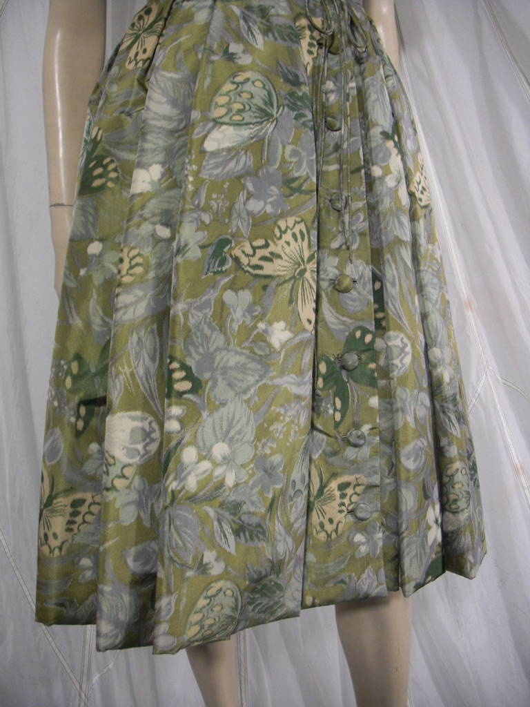 1950s Galanos Silk Print and Knife Pleat Cocktail Dress For Sale 2