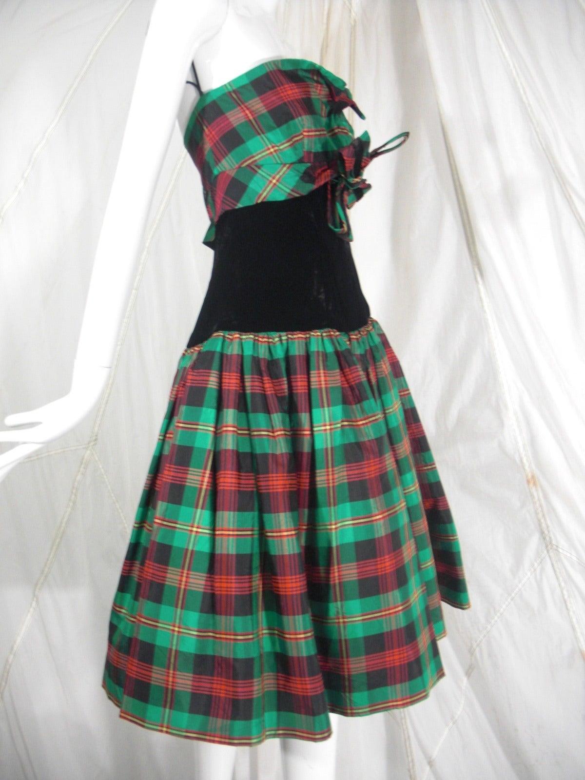 Victor Costa for SAKS 5th Avenue Green Plaid and Velvet Dress 2