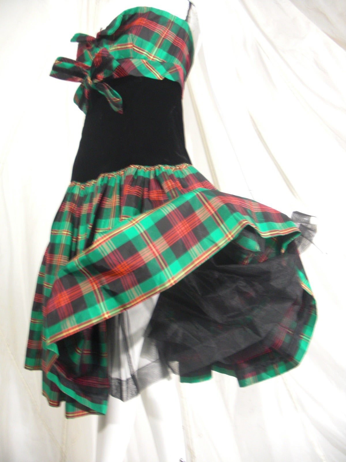 Victor Costa for SAKS 5th Avenue Green Plaid and Velvet Dress 7