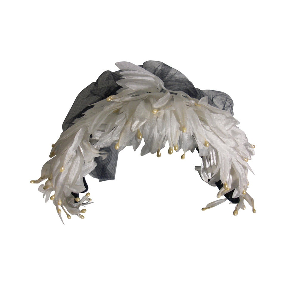 1950s White and Black Faux Feather and Pearl Cocktail Hat with Veil For Sale