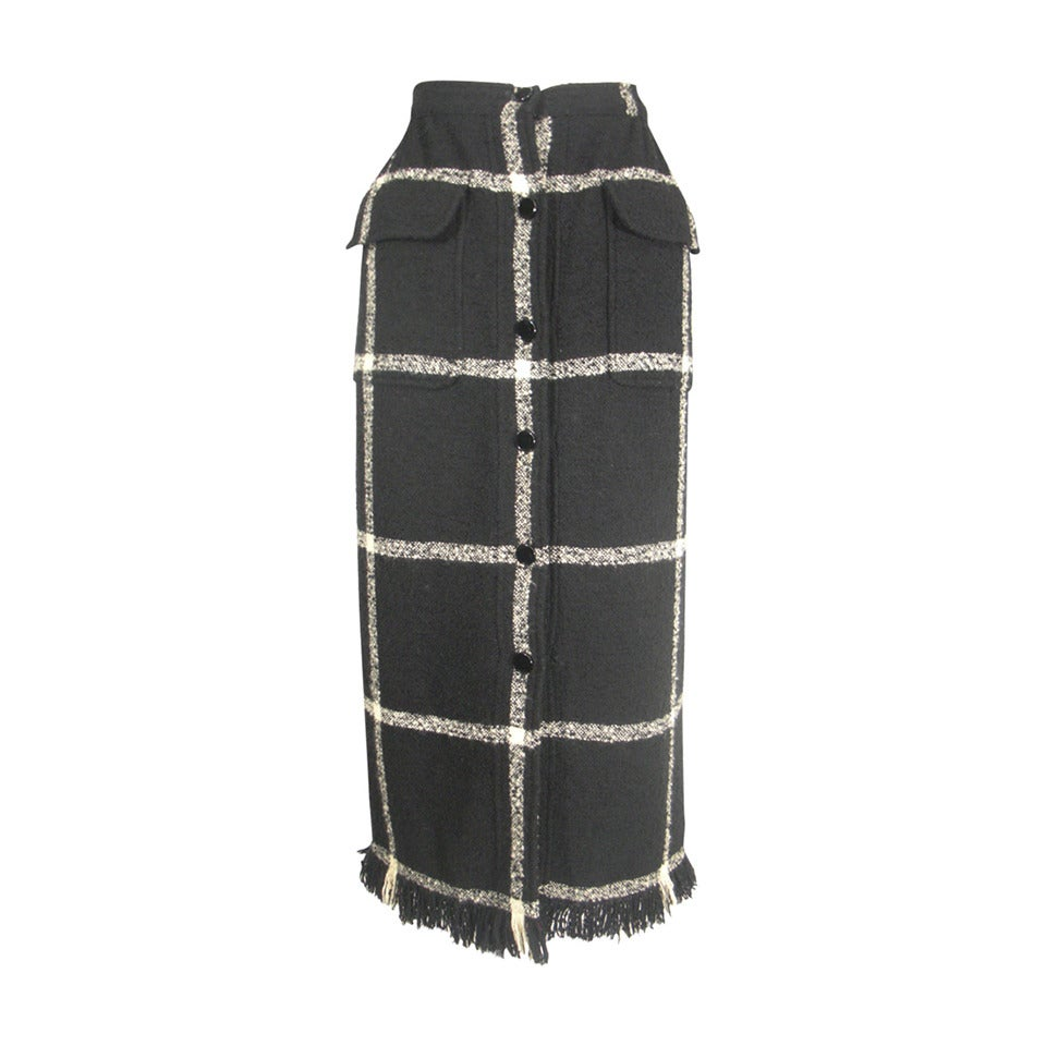 Valentino Window-Pane Wool Skirt with Button Closure and Fringe Hem For Sale