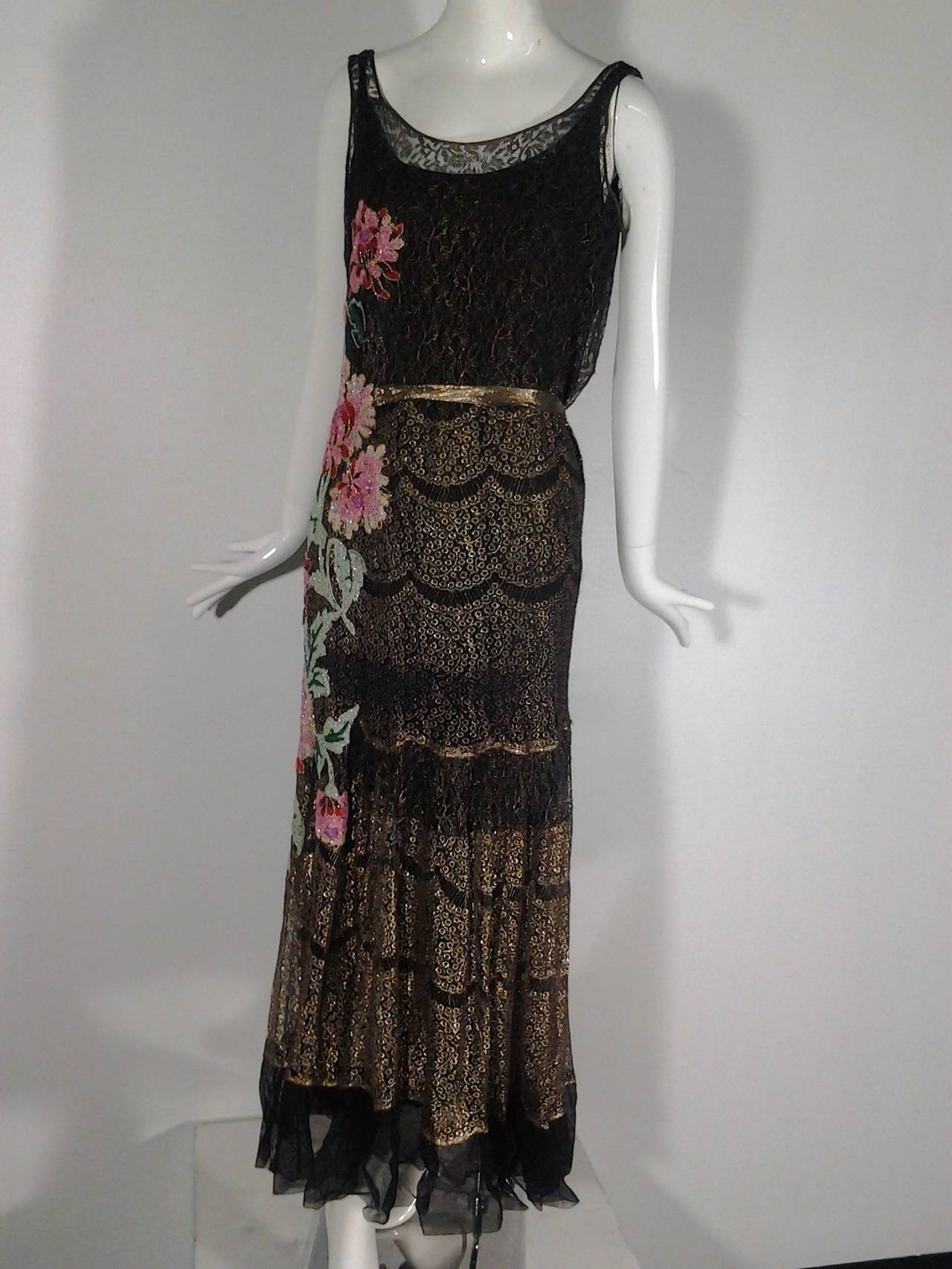 Women's 1920s French Evening Gown with Gold Lame and Elaborate Beading For Sale