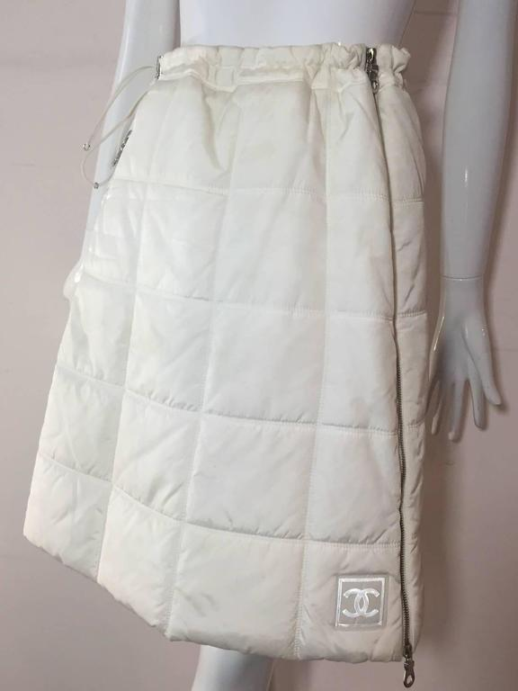 Chanel Autumn 2000 White Quilted Puffer A-Line Skirt w/ Side Zip 2