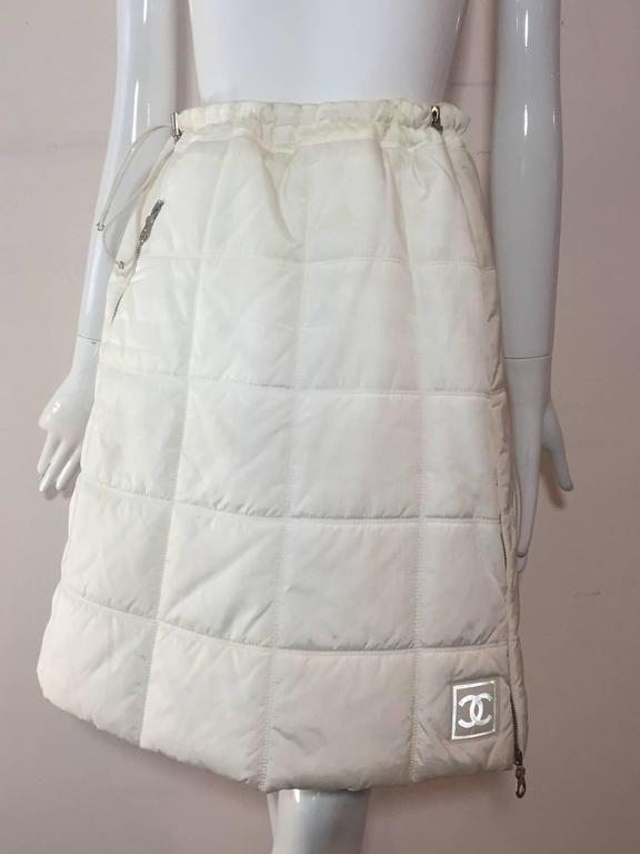 Chanel Autumn 2000 White Quilted Puffer A-Line Skirt w/ Side Zip 5