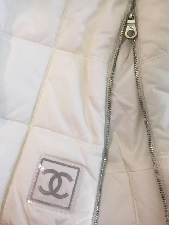 Chanel Autumn 2000 White Quilted Puffer A-Line Skirt w/ Side Zip 6