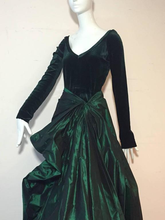 1990s Gianfranco Ferre Forest Green Silk Taffeta and Velvet Ball Gown For Sale 1