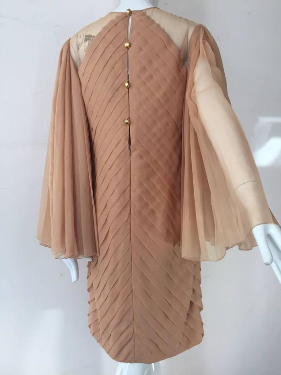 1980s Galanos Peach Blush Silk Chiffon Pleated Dress w/ Fan Sleeves In Excellent Condition For Sale In San Francisco, CA